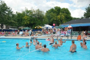 VOLLEYBALL-AT-THE-POOL-300x201